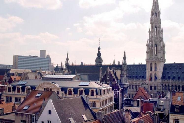 Enterrement de Vie de Garçon Gay à Bruxelles Hotel 4*