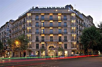 Enterrement de Vie de Garçon Gay à Barcelone Crazy EVGay Hotel 4* heterofriendly