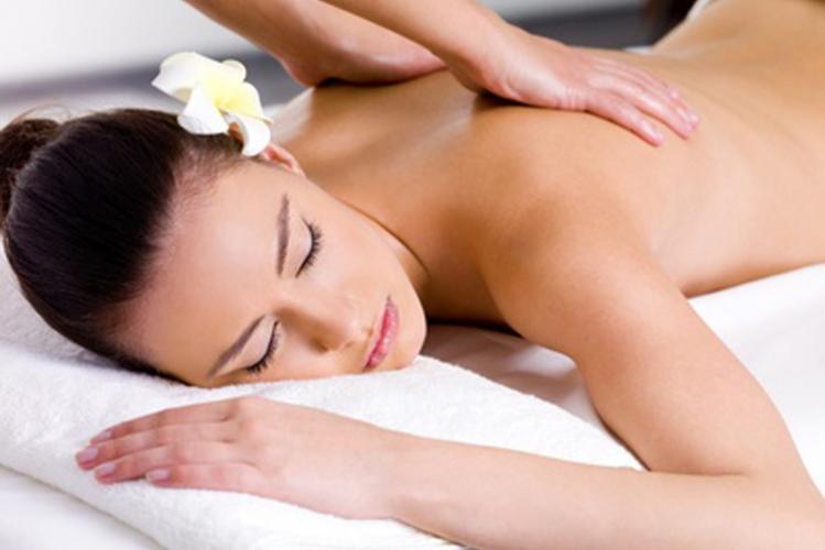 Enterrement de vie de jeune fille Madrid massage