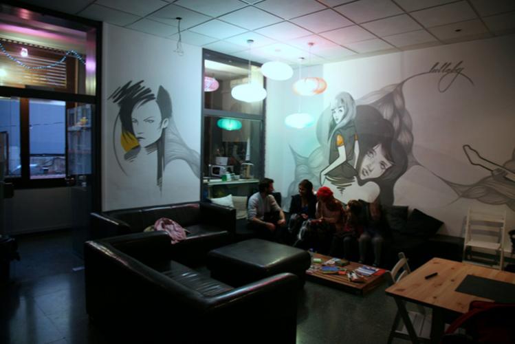 Enterrement de Vie de Garçon à Barcelone Crazy-EVG Auberge de jeunesse