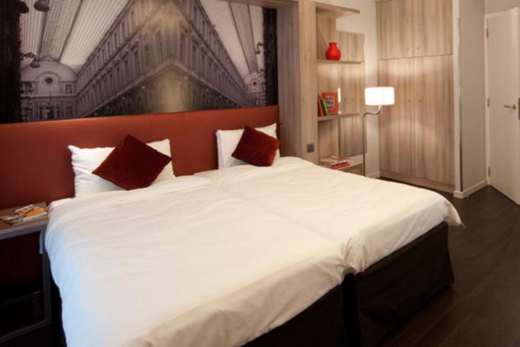 Enterrement de Vie de Garçon à Bruxelles Crazy-evG Appart hotel