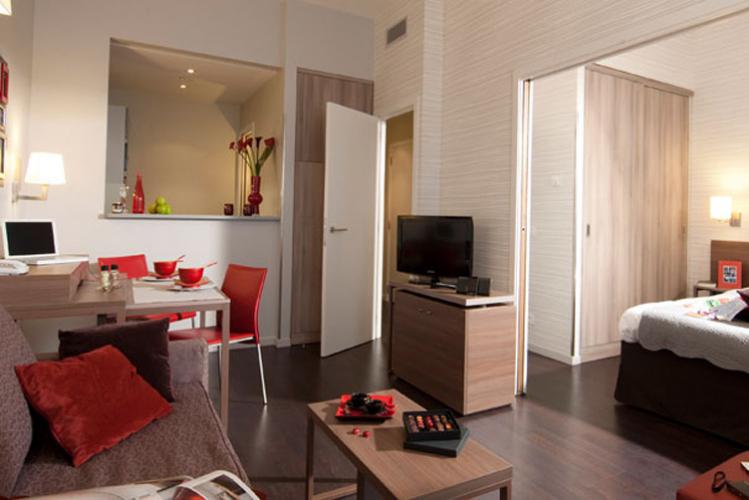 appart hotel bruxelles enterrement de vie de jeune. Black Bedroom Furniture Sets. Home Design Ideas