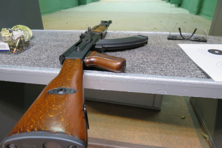 Enterrement de vie de garçon avec Crazy EVG-Prague-Shooting 2 armes
