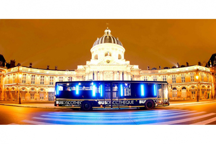 Enterrement de Vie de Garçon Paris Crazy-evG Party Bus DJ & Lap tour