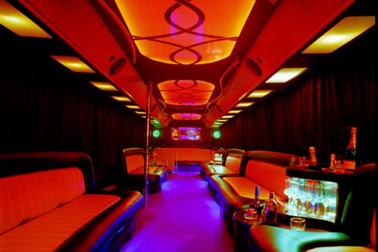 Seminaire d'entreprise à Cracovie Party Bus