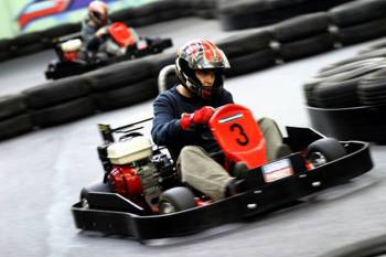 Enterrement de vie de jeune fille à Rennes Karting indoor