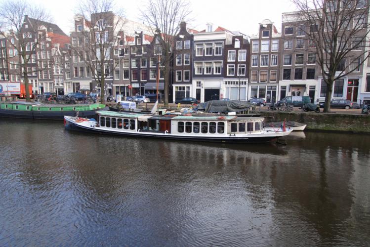 Enterrement de Vie de Jeune Fille à Amsterdam Crazy-evJF Croisière sur Canal