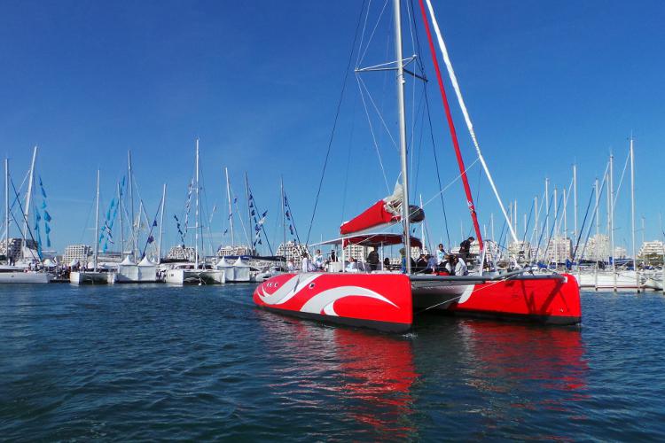 Enterrement de Vie de Jeune Fille Montpellier Crazy-evjf balade en catamaran