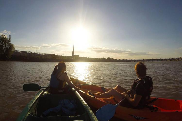 Canoeing along the Garonne