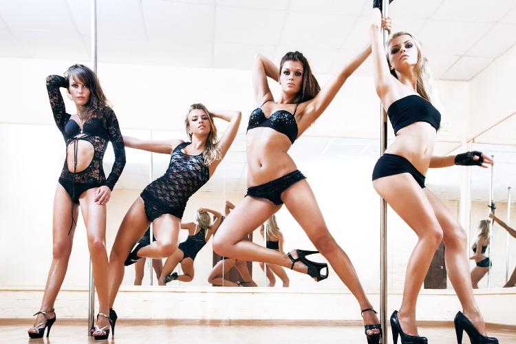 Enterrement de vie de jeune fille Barcelone Pole Dancing Crazy-evjF