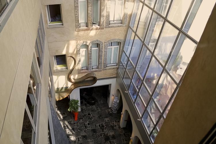 Enterrement de vie de jeune fille à Strasbourg Crazy EVJF Hôtel 4*
