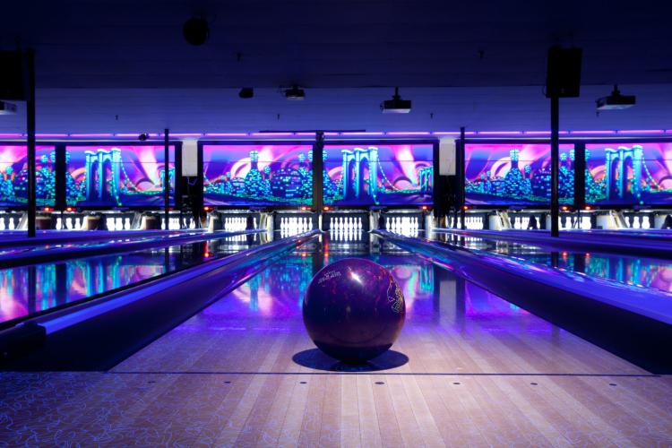 Enterrement de Vie de Jeune Fille Annecy Crazy EVJF Apéro bowling