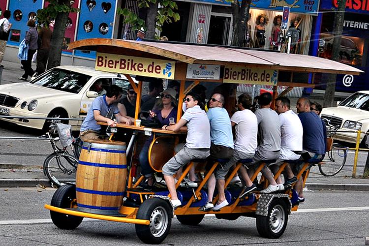 beer bike à Bruxelles Crazy Séminaire