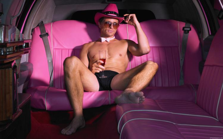 Pink Hummer & Strip à Lisbonne - Crazy-EVJF