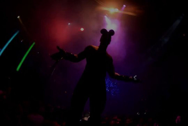 Enterrement de Vie de Garçon Gay à Barcelone Crazy EVGay diner+boite