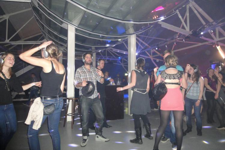 Addio al celibato Berlino Giro dei Bar + Discoteca Crazy-Voyages