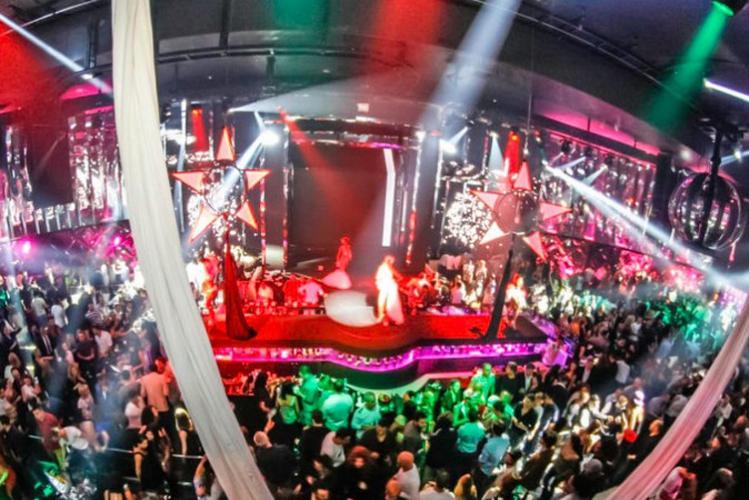 Bar Tour & Club in Amsterdam für meinen Junggesellinnenabschied