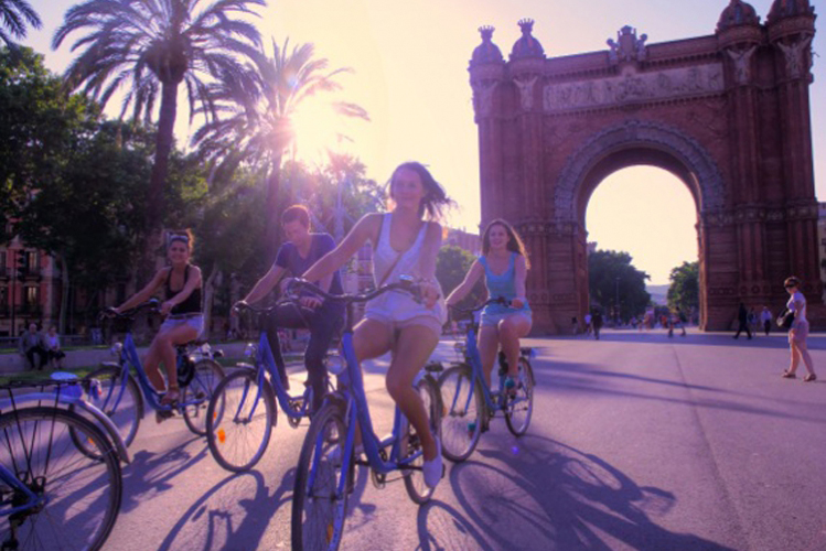 Historische Radtour | Barcelona | Junggesellinnenabschied