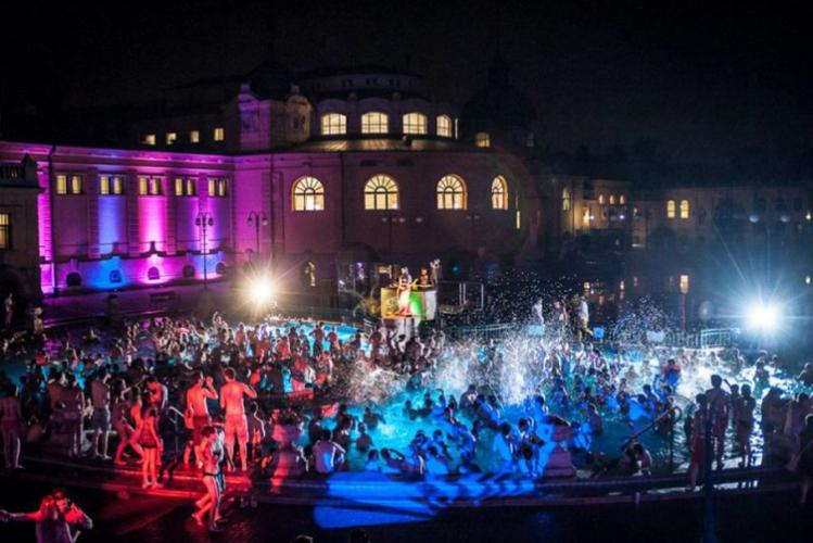 Spa Party Budapest - Enterrement de Vie de Garçon