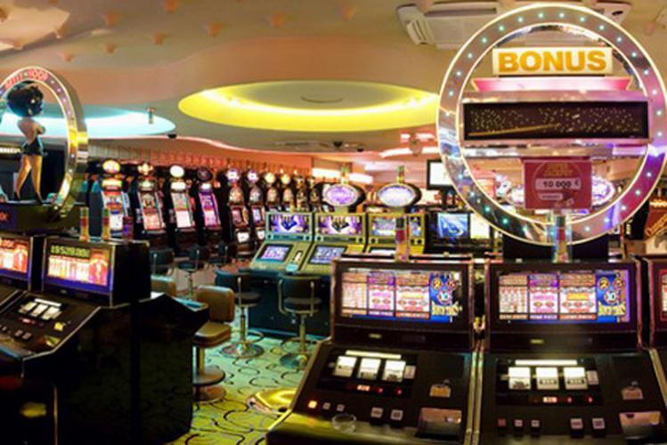 Enterrement de Vie de Jeune Fille Nice Crazy-evJF Entrée et jeu au Casino