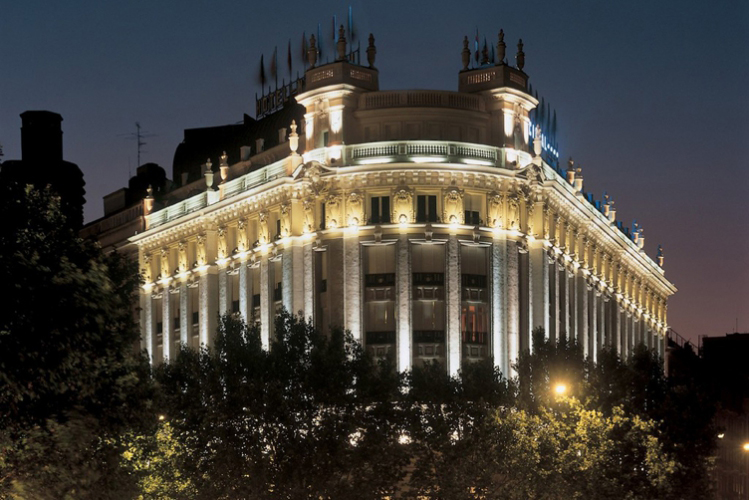 Addio al celibato Madrid Alloggio Albergo 4 stelle Crazy-Voyages