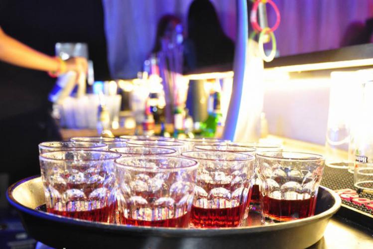 Enterrement de vie de garçon à Bratislava Crazy-evG Crazy night open bières