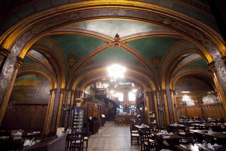 Seminaire d'entreprise à Bucarest - diner traditionnel