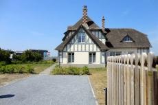 Villa de luxe pour mon EVJF à Deauville | Enterrement de vie de jeune fille | idée evjf | idée enterrement de vie de jeune fille | activité evjf |activité enterrement de vie de jeune fille