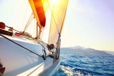 Balade en voilier pour mon séminaire à Barcelone | Séminaire | idée séminaire | voyage d'affaires | activité séminaire | Incentive | séminaire festif | collègues | congrès | colloque | meeting | conférence