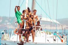 Catamaran Party  pour mon séminaire à Ibiza | Séminaire | idée séminaire | voyage d'affaires | activité séminaire | Incentive | séminaire festif | collègues | congrès | colloque | meeting | conférence