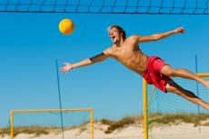 Volleyball pour mon EVG à Munich   Enterrement de vie de garçon   idée enterrement de vie de garçon   activité enterrement de vie de garçon   idée evg   activité evg