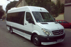 Transfert en Minibus  pour mon EVG à Belgrade | Enterrement de vie de garçon | idée enterrement de vie de garçon | activité enterrement de vie de garçon | idée evg | activité evg