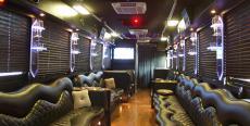 Transfert Limobus Aéroport Linate pour mon EVG à Milan | Enterrement de vie de garçon | idée enterrement de vie de garçon | activité enterrement de vie de garçon | idée evg | activité evg