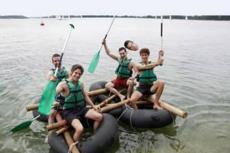 Rafting Challenge  pour mon séminaire à Lyon | Séminaire | idée séminaire | voyage d'affaires | activité séminaire | Incentive | séminaire festif | collègues | congrès | colloque | meeting | conférence