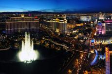 Vegas by night en limo  pour mon EVG à Las Vegas | Enterrement de vie de garçon | idée enterrement de vie de garçon | activité enterrement de vie de garçon | idée evg | activité evg