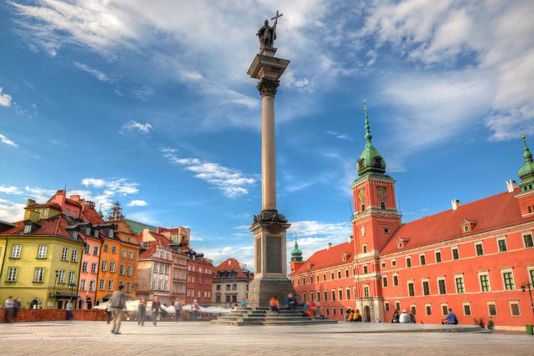 Låt Crazy Svensexa planera den perfekta svensexan i Warszawa! Vi vet vad vi snackar om! Du kan även skräddarsy en egen svensexa! Se alla våra erbjudanden!
