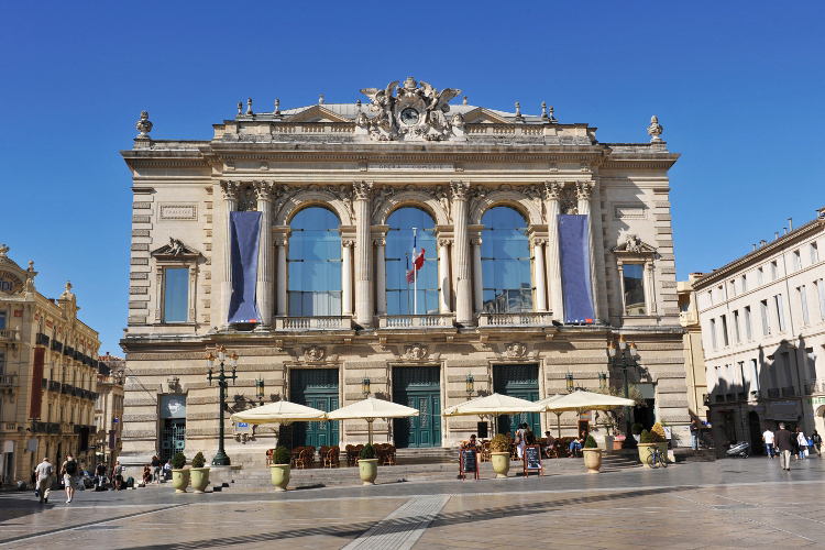 Crazy-Weekend organise votre weekend entre potes à Montpellier ! Découvrez nos activités insolites.